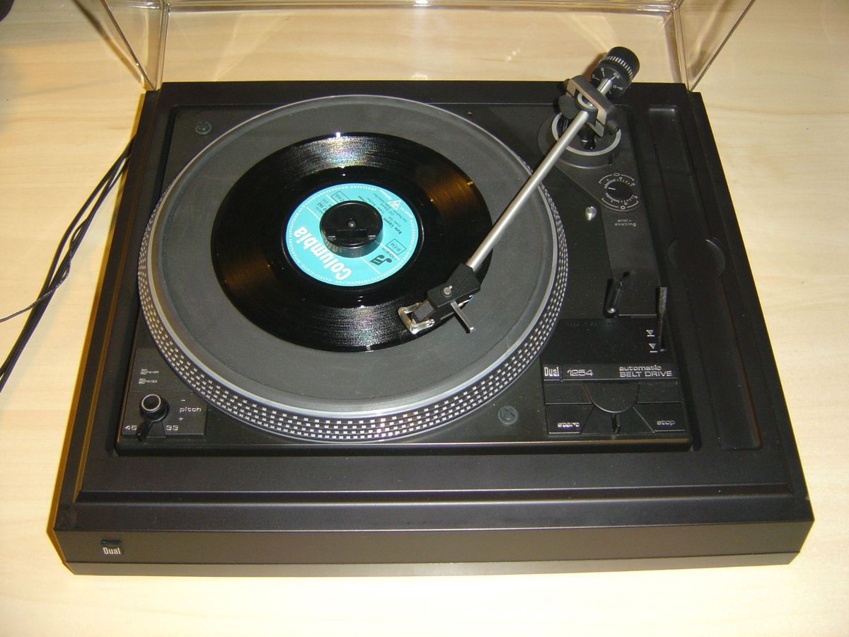 Plattenspieler Turntable mit System DN 236 Belt Drive automatic